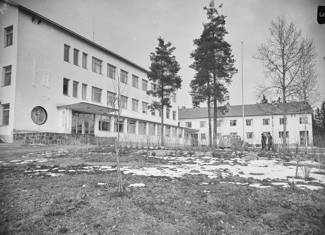 Kuvaaja Pekka Kyytinen, Loimaa huhtikuu 1957 Museoviraston kuvakokoelmat, kansatieteen kuvakokoelma